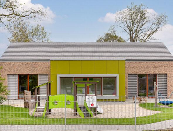 Walther Stylist edelgrau auf Kindergartendach