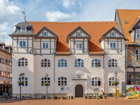 Hohlfalzziegel Z5 naturrot hell Bankhaus